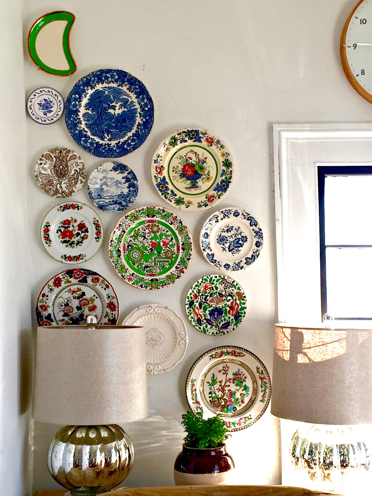 Plate art - how to hang plates